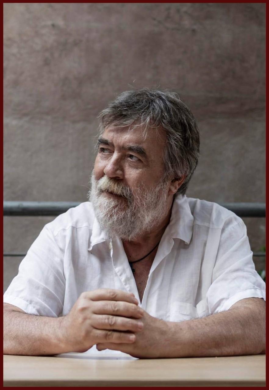 ΣΤΗΝ ΑΝΑΤΟΛΗ ΕΝΟΣ ΜΑΥΡΟΥ ΗΛΙΟΥ: Συνέντευξη με τον Σωτήρη Παστάκα