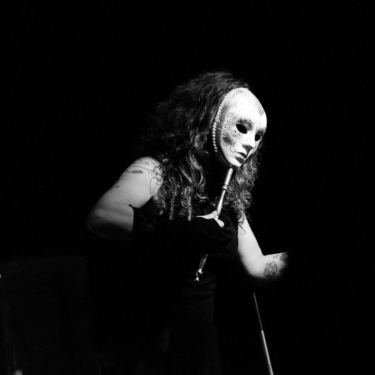 Γεωργία Βεληβασάκη – Περί performance ποίησης (1-13)